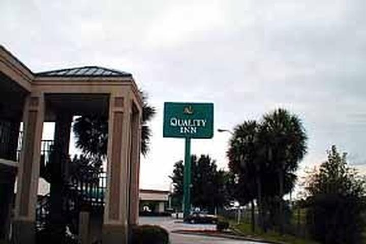 Quality Inn Ocala photo collage