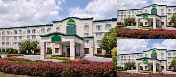 The Wingate by Wyndham Mechanicsburg Hbg West photo collage