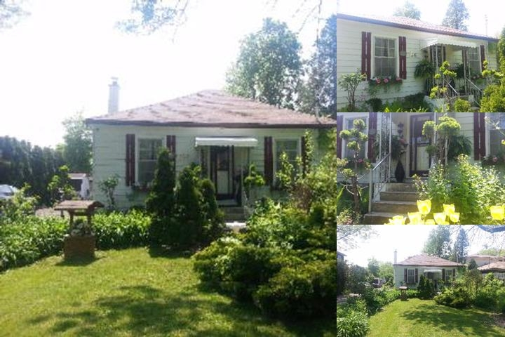 Niagara Historic Cottage Rental photo collage