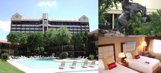 Crowne Plaza Houston Near Reliant Medical photo collage
