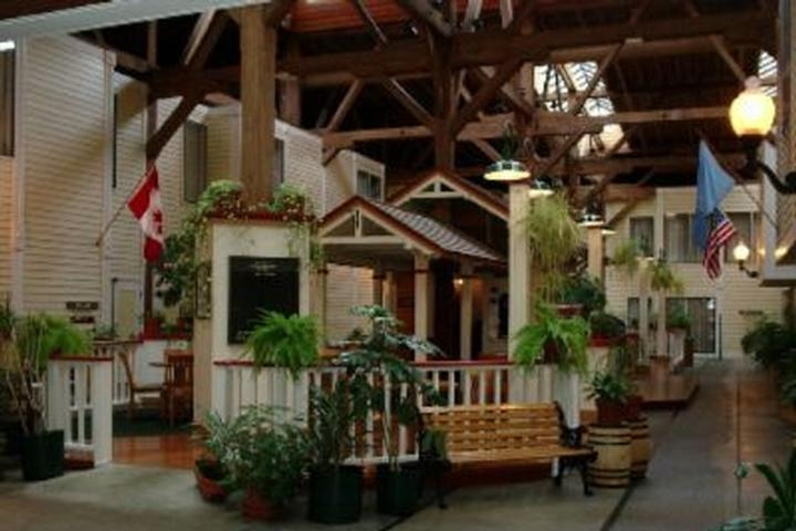Best Western Plus Como Park Hotel photo collage