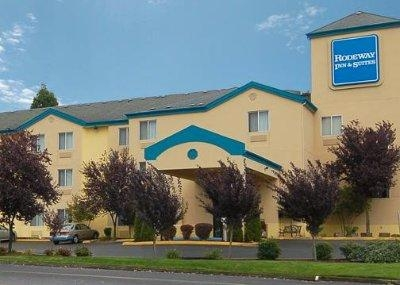 Howard Johnson Inn & Suites Vancouver by Vancouv photo collage