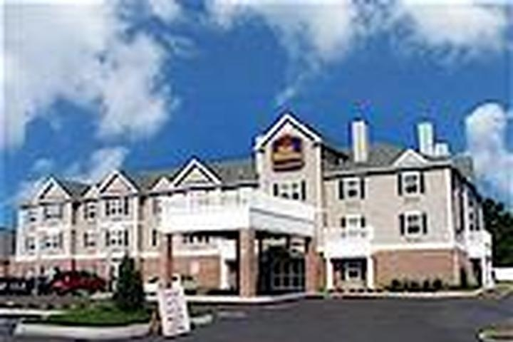 Econo Lodge International Airport photo collage