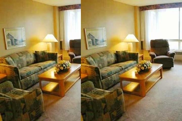 Le Montfort Hotel Apartment & Suites photo collage