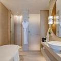 Photo of Al Bandar Rotana & Al Bandar Arjaan by Rotana