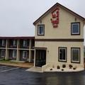 Exterior of Americas Best Value Inn