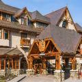 Exterior of Banff Caribou Lodge & Spa