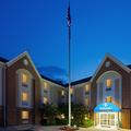 Exterior of Candlewood Suites Fairfax / Wash Dc