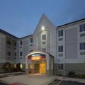 Exterior of Candlewood Suites Grand Prairie