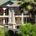 Image of Cloverdale Wine Country Inn & Suites