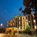 Exterior of Courtyard Marriott Louisville Airport