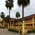 Image of Downtowner Inn & Suites Hobby Airport