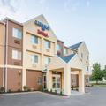 Exterior of Fairfield Inn & Suites Kansas City Lee's Summit