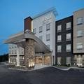 Exterior of Fairfield Inn & Suites Lake Geneva