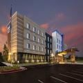 Exterior of Fairfield Inn & Suites Little Rock Airport