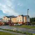 Exterior of Fairfield Inn & Suites by Marriott Jacksonville Nc