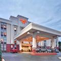 Exterior of Hampton Inn Hendersonville