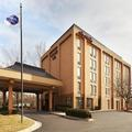 Exterior of Hampton Inn Raleigh Cary
