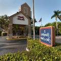 Exterior of Hampton Inn & Suites Ft. Lauderdale Airport / Sout