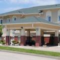 Exterior of Holiday Inn Express Boonville