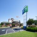 Exterior of Holiday Inn Express Cambridge Md