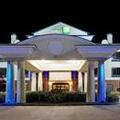 Image of Holiday Inn Express Crockett