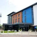 Exterior of Holiday Inn Express Dunstable