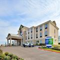 Exterior of Holiday Inn Express Eagle Ford Shale