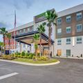 Exterior of Holiday Inn Express Fort Walton Beach Central