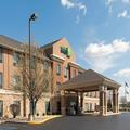 Exterior of Holiday Inn Express Gas City