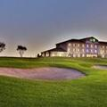 Exterior of Holiday Inn Express Hotel & Suites