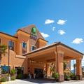 Exterior of Holiday Inn Express Hotel & Suites Kingman