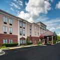 Exterior of Holiday Inn Express Hotel & Suites Richmond North