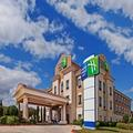 Exterior of Holiday Inn Express Hotel & Suites Victoria