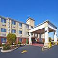 Image of Holiday Inn Express Hotel & Suites Wabash