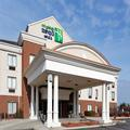 Exterior of Holiday Inn Express Lancaster