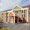 Exterior of Holiday Inn Express Metropolis