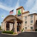 Exterior of Holiday Inn Express Murrysville / Delmont