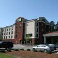Exterior of Holiday Inn Express Rockingham