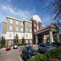Exterior of Holiday Inn Express Savannah Midtown