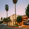 Exterior of Holiday Inn Express Simi Valley