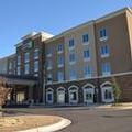 Exterior of Holiday Inn Express & Suites Albany