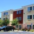 Exterior of Holiday Inn Express & Suites Berkeley