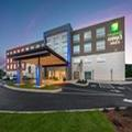 Exterior of Holiday Inn Express & Suites Gainesville Ga