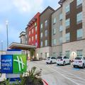 Exterior of Holiday Inn Express & Suites Houston Hobby Airport