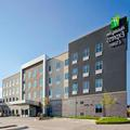 Exterior of Holiday Inn Express & Suites Lubbock Central Univ Area