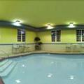 Exterior of Holiday Inn Express & Suites Magnolia Lake Columbia