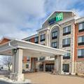 Image of Holiday Inn Express & Suites Mitchell