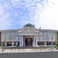 Exterior of Holiday Inn Express & Suites New Martinsville