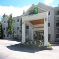 Exterior of Holiday Inn Express & Suites North Conway
